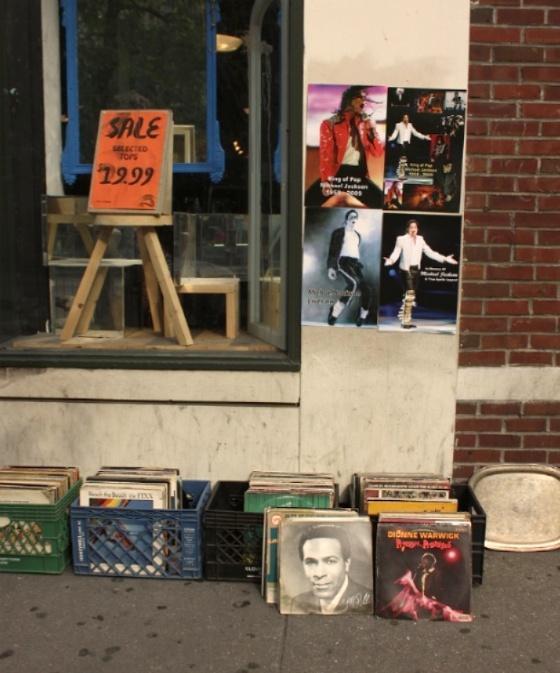 20090628post-street.tribute