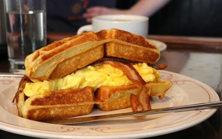 20130728post-waffle.sandwich-20130427_2171L