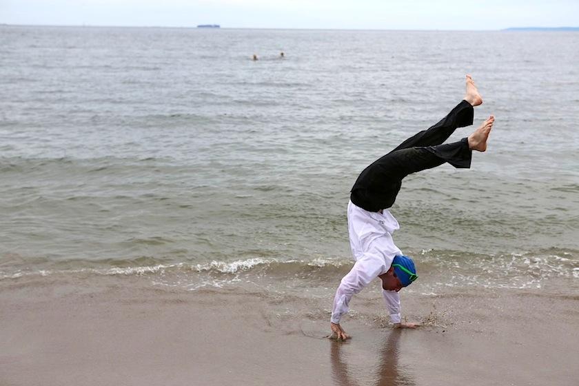 20130820post-handstand-20130818_5029L